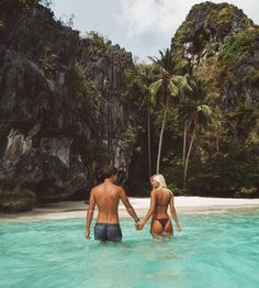 Jack Morris & Lauren Bullen. Nέοι, όμορφοι & ερωτευμένοι γυρίζουν τον κόσμο