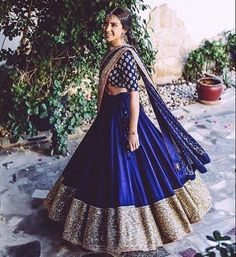 Wearing a blue bridal lehenga for your big day? These blue bridal lehengas will up your glamour quotient. The unique lehenga is in huge demand nowadays. Take cues from these designer lehenga. Indian Lehenga, Lehenga Choli, Red Lehenga, Anarkali, Royal Blue Lehenga, Indian Wedding Outfits, Indian Outfits, Indian Clothes, Bridal Outfits