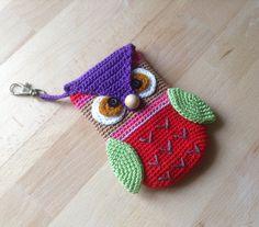 Owl mobile phone case crochet by suwannacraftshop on Etsy, $20.00