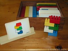 Easy to make DIY version with indexcards and Duplo #montessori