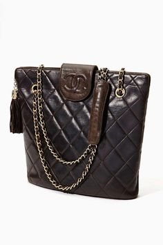 5a313b059 Vintage Chanel Quilted Brown Leather Tote Vintage Handbags, Vintage Purses,  Vintage Bags, Vintage