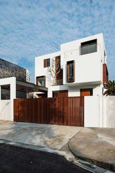 Modern House Facades, Modern Exterior House Designs, Modern Buildings, Modern House Design, Minimalist Architecture, Modern Architecture House, Architecture Design, Box House Design, Box Houses
