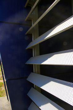 · PANEL DE ALUMINIO COMPUESTO + SKINWALL · Obra. Tiberina Automotrices Argentina. Panel de Aluminio Compuesto. Aluontop. Colores. Silver & Azul. Skinwall Quadrante. Color Silver. Importa y fabrica. CG-SA Representante Exclusivo en Córdoba. Grupo T Soluciones Arquitectonicas Asesoramiento, Venta & Colocación. Showroom. General Alvear 789. Centro. Tel. 0351. 4240297. www.grupotsoluciones.com