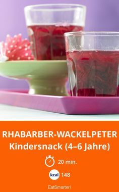 Rhabarber-Wackelpeter - Kindersnack (4–6 Jahre) - kalorienarm - schnelles Rezept - einfaches Gericht - So gesund ist das Rezept: 5,2/10   Eine Rezeptidee von EAT SMARTER   Rezepte im Glas, Dessert im Glas, Kinderrezepte, Kindersnack, Geliermittel, Götterspeise, Rhabarber-Dessert #süssspeise #rezepte