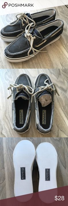 Sperry Bahama top sider faded gray size 5.5. NEW Sperry Bahama top sider dark gray black size 5.5. NWB. Had a faded look. Very cute Sperry Shoes Flats & Loafers
