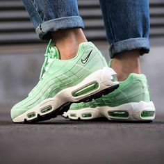 the best attitude 77a54 0517d  titoloshop have just picked a bunch of women s  Fresh Mint  Air Max 95s