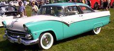 1955 - Ford Fairlane Victoria