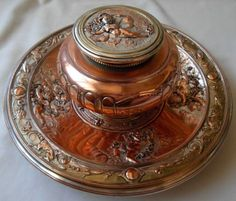 ANTIQUE-VICTORIAN-SILVERPLATED-ELKINGTON-Co-INKWELL-WITH-CHERUBS-ANGELS
