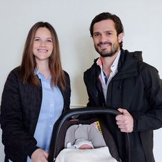 """SOFIA PRINCESS THE SWEDISH MATERNITY LEAVE THE """"FIRST PHOTO OF THE LITTLE PRINCE"""""""