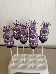purple minion cakes | Purple minion cake pops