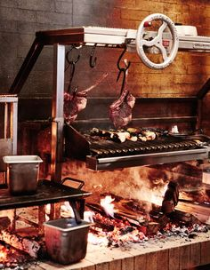Live-fire cooking is no backyard barbecue: open wood fires are blazing right inside restaurants. Wood Grill, Fire Grill, Seafood Restaurant, Restaurant Design, Open Fire Cooking, Bbq Pitmasters, Wood Fired Oven, Grill Design, Bbq Area