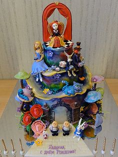 Alice in Wonderland Tim Burton style cake with lots of fondant characters!