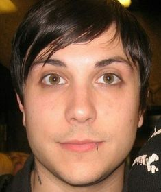 A collection of photos that will either melt your ovaries/ other repr… # Aléatoire # amreading # books # wattpad My Chemical Romance, Frank Lero, Anthony Thomas, Mikey Way, Bob Seger, Band Memes, Emo Bands, Fall Out Boy, Role Models