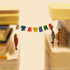 MINIATURE CALENDAR Little People Pinterest Miniatures Minis - Japanese artist creates fun miniature dioramas everyday for five years