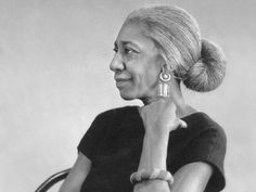 la [min-ya-'net] Edna Lewis (1916-2006). Chef and author