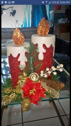 Adornos para la navidad #navidad #fieltro #muñecos #manusc Wall Christmas Tree, Easy Christmas Ornaments, Christmas Drawing, Noel Christmas, Christmas Candles, Christmas Paper, Christmas Crafts For Kids, Christmas Projects, Decor Crafts