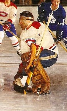Tony Esposito hockey back in the day Montreal Canadiens, Mtl Canadiens, Hockey Goalie, Hockey Games, Hockey Players, Rangers Hockey, Hockey Mom, Goalie Mask, Canadian History