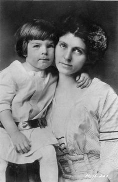 Fred MacMurray, age 3, with his mother. Haha! You can way tell