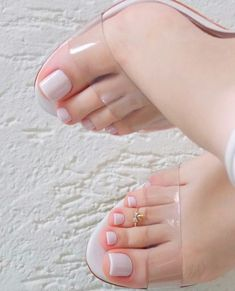 Pin by mano 👸 on foot were in 2019 feet nails, pedicure nail Pretty Toe Nails, Cute Toe Nails, Sexy Nails, Classy Nails, Pretty Toes, Gorgeous Nails, Beautiful Toes, Cute Toes, Toe Nail Color