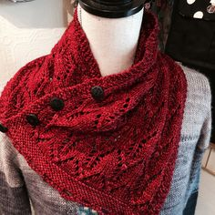Gothic Lace Cowl by tincanknits, knitted by MissBeeKnits | malabrigo Rios in Cereza