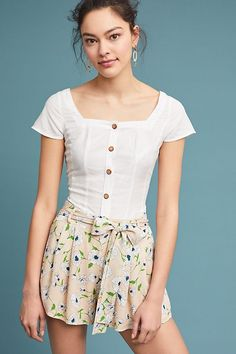 Slide View: 1: Pleated Floral Shorts
