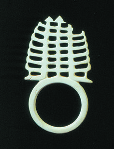 Choiseul arm ring, SOlomon Islands ornament - Collections & Research - Auckland War Memorial Museum