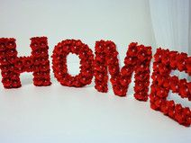 HOME Lettere in legno con rose rosse