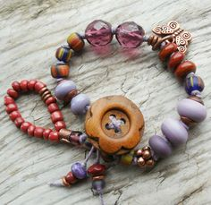 Wood+Flower+Button+Bracelet+in+Violet+Purple+Red+by+lunedesigns,+$36.00