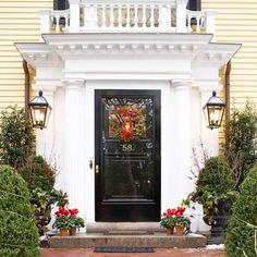 Puertas decoradas de Navidad