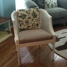 Barrel cane chair AFTER. Nice mix of fabrics, with chair backing to tie it all together. Painting Old Furniture, Cane Furniture, Wicker Furniture, Furniture Upholstery, Furniture Refinishing, Chair Makeover, Furniture Makeover, Cane Back Chairs, World Market Dining Chairs