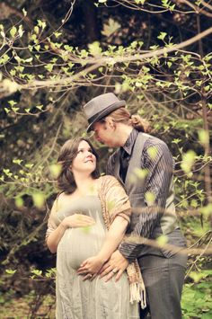 Maternity Photos in the Sequoia National Forest