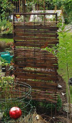 Indoor Outdoor, Outdoor Gardens, Outdoor Decor, Garden Structures, Outdoor Structures, Garden Dividers, Willow Garden, Yard Art, Garden Projects