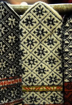 I want to find these Latvian patterns! Let me know if you have any leads. Mittens Pattern, Knit Mittens, Knitted Gloves, Knitting Socks, Hand Knitting, Fair Isle Knitting Patterns, Knitting Charts, Knitting Stitches, Wrist Warmers