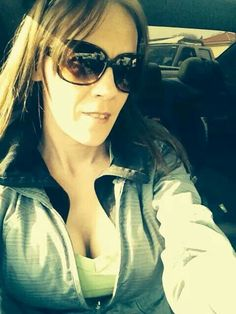Selfie in the car :) Cat Eye Sunglasses, Sunglasses Women, Selfie, Eyes, My Love, Car, Fashion, Moda, Automobile