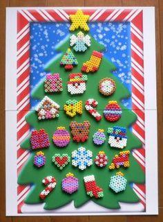 アイロンビーズでアドベント・カレンダー - 編猫の三角                                                                                                                                                                                 もっと見る
