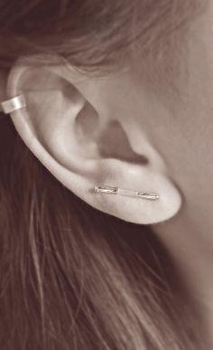 simple earpin