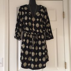 ✨NWOT✨ Shirt Dress ⭐️ Beautiful shirt dress with drawstring waist, never worn. Looks cute with leggings and boots or with just heels or sandals! Very versatile piece. Offers welcome! ❤️ Boutique Dresses