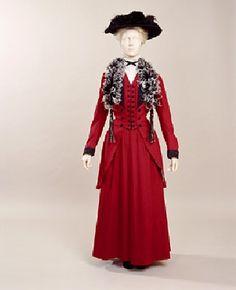 "ravensquiffles: "" Suit 1907-09 Manchester Galleries """