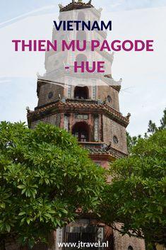 De Thien Mu Pagode is een historische tempel op de linkeroever van de Parfumrivier bij Hué. De pagode heeft zeven verdiepingen en is het hoogste pagode in Vietnam. Meer lezen over Thien Mu Pagode in Hué doe je op mijn website. Lees je mee? #hue #pagode #vietnam #jtravel #jtravelblog