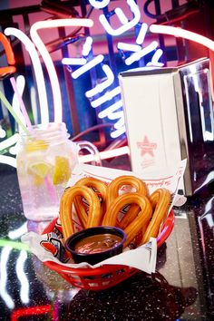 Les 20 Meilleures Images De Food At Memphis Coffee Recettes Americaines Diner Americain Memphis