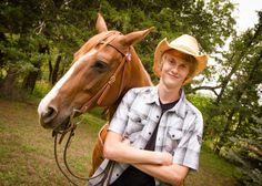 Senior boy country horse picture idea
