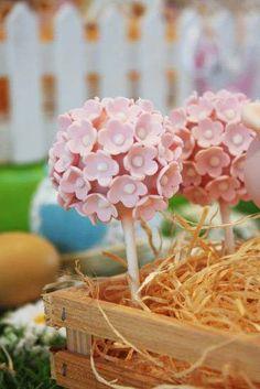 Tiny Pink Flowers Cake Pops