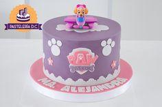 Paw Patrol Sky Cake, Pastel Paw Patrol, Girls Paw Patrol Cake, Torta Paw Patrol, Paw Patrol Cupcakes, Paw Patrol Cake Toppers, Paw Patrol Party Supplies, Paw Patrol Birthday Theme, Sky E