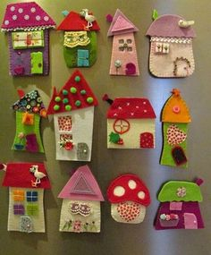 House ornament, Set of eight, Felt House decoration , Decoration for wallâ? Kids Crafts, Hobbies And Crafts, Clay Crafts, Diy And Crafts, Craft Projects, Crafts With Felt, Felt Embroidery, Felt Applique, Wool Applique Quilts