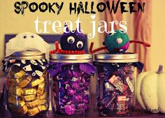 Green Owl Art: Halloween Treat Jars