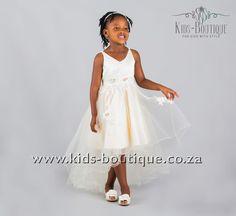 Champaigne V-Shaped Neckline Flowing Dress Flower Girls, Flower Girl Dresses, Flowing Dresses, Kids Boutique, Girls Dresses, Neckline, Wedding Dresses, Flowers, Style