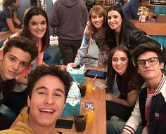 New Disney Channel Shows, Disney Channel Stars, Best Tv Shows, Best Shows Ever, Spanish Tv Shows, Beautiful Series, Image Fun, Son Luna, Friend Goals