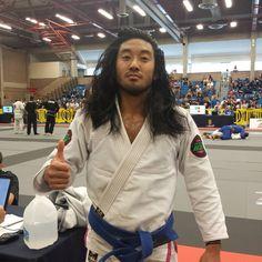 Chris Kim wins his 4th match and is Boston Open Blue Feather Champion. #ibjjf #bostonopen #bjj #jiujitsu #vidalsassoon #loreal