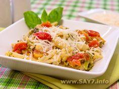макароны с брокколли, цветной капустой и филе птицы