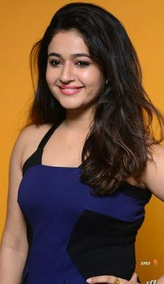 Hot and sexy Bollywood south movies tempting Indian famous tv show host and anchor model actress unseen Poonam bajwa cute beautiful photos. Beautiful Girl Indian, Most Beautiful Indian Actress, Beautiful Girl Image, Beautiful Smile, Beauty Full Girl, Beauty Women, Beauty Girls, Beautiful Bollywood Actress, Beautiful Actresses